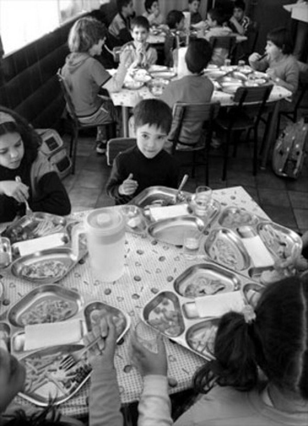 Los comedores de Granada, entre los más baratos y los menos verdes
