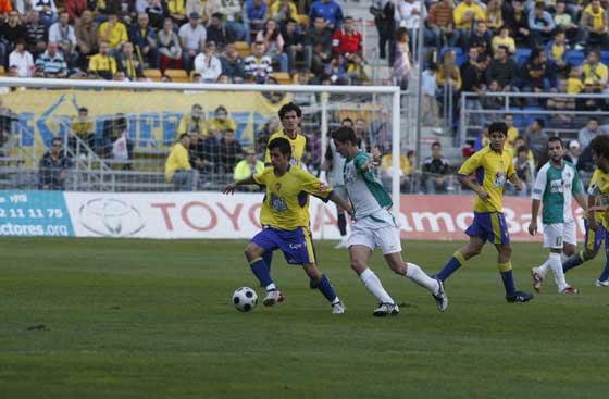 Goleada del Cádiz al Antequera