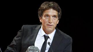 El director Albert Solé recibe el premio a Mejor película documental por 'Bucarest, la memoria perdida'.  Foto: EFE