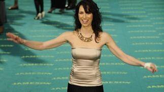 Ariadna Gil, con una mano vendada.  Foto: Agencias