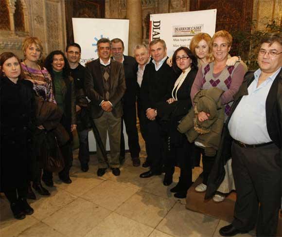 Foto de familia de Canal Sur, con Paz Santana, Modesto Barragán, Manolo Casal y Fernando García, entre otros  Foto: Jose Braza