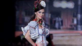 """Rosalía Zahino y colección """"Te reto a un duelo"""" de Sauco   Foto: J.M./V.M."""