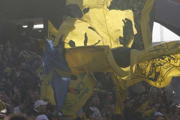 El cadismo se reconcilió con su equipo y lo ovacionó tanto al descanso como en el final del choque  Foto: Joaquin Hernandez \'Kiki\'