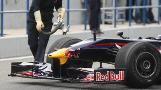 Detalle del alerón delantero del Red Bull de 2009.  Foto: J. C. Toro
