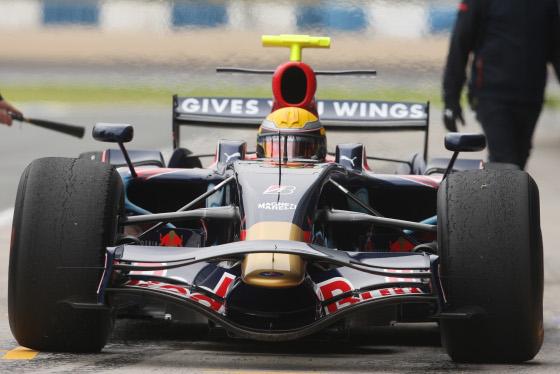 Sebastien Buemi, con el Toro Rosso de 2008.  Foto: J. C. Toro