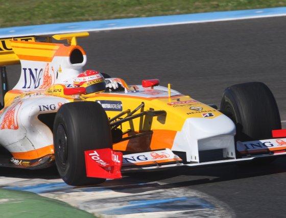 El asturiano tuvo el mejor tiempo de los coches 2009 hasta casi tres minutos antes de finalizar la sesión.  Foto: J. C. Toro