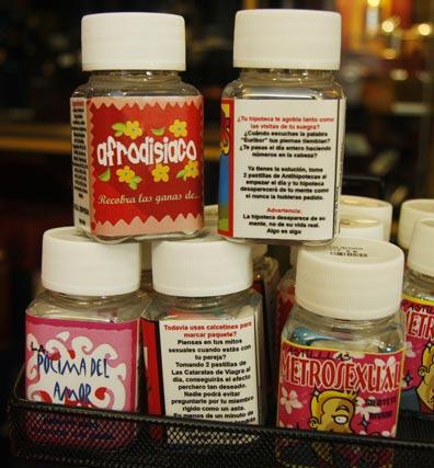 Aceites aromáticos con mensajes.  Foto: Victoria Hidalgo - Belén Vargas