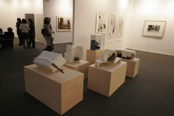 El gran mercado del arte que estos días se sitúa en Madrid acoge numerosas visitas.  Foto: Alberto Morales
