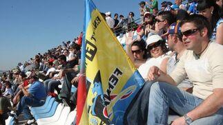 El público, unas 3.800 personas según un comunicao del Circuito de Jerez, disfrutó de la sesión de entrenamientos.  Foto: J. C. Toro