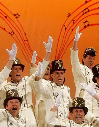 El coro de Martínez Mora lució voces y conjunto y se ganó un puesto en semifinales.  Foto: Jesus Marin