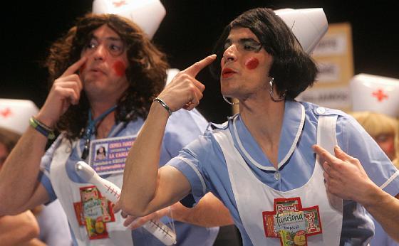 Mucha guasa y descaro para las enfermeras del Cascana.  Foto: Jesus Marin