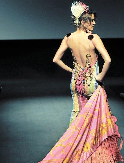 Alba Molina vistió una de las piezas más impresionantes de Verano.  Foto: Manuel Aranda