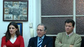 Carla Elena, José Manuel Elena y Santiago Arenado.  Foto: J.P.