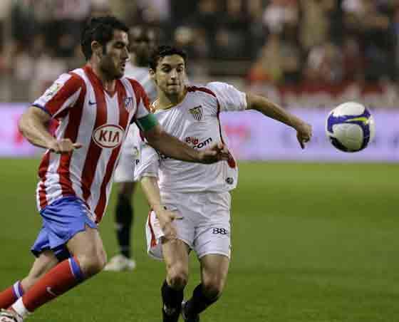 Jesús Navas desequilibró a la defensa atlética con sus entradas por la banda.  Foto: Antonio Pizarro