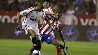 El partido estuvo trabado en muchos momentos, sin dominio claro de ninguno de los dos equipos.  Foto: Antonio Pizarro