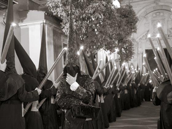 Nazarenos del Gran Poder.  Foto: Salazar-Bajuelo y Javier Mejia