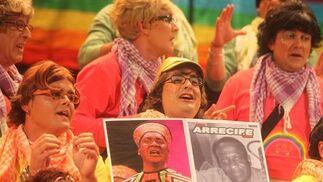 Los que se mueren por la pipa de la Paz... de la Paqui, de la Pepi, de la Pilar (coro). 3º Premio. Foto: José Braza, Jesús Miró y Lourdes Vicente