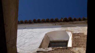 El estado de conservación del templo se ha deteriorado visiblemente desde su cierre al culto  Foto: El Día