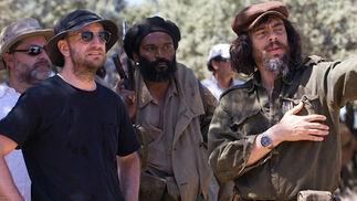 La segunda entrega de la película de Soderbergh arranca con el Che en lo más alto de su popularidad y poder tras la revolución cubana, cuando pronuncia un vehemente discurso en las Naciones Unidas, reafirmando su compromiso con la lucha del Tercer Mundo contra el imperialismo de los EE.UU.