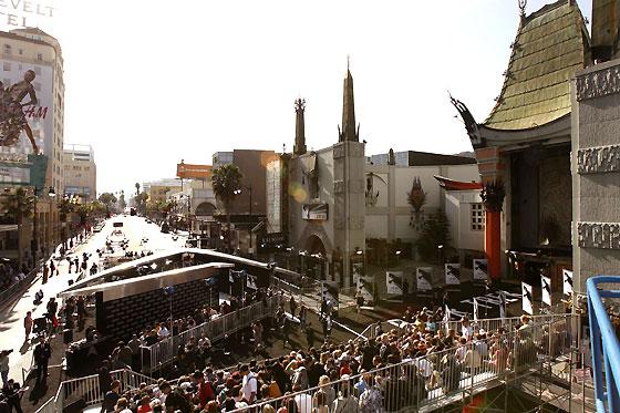 Vista panorámica de la entrada del Teatro Chino.  Foto: Reuters / AFP Photo / EFE