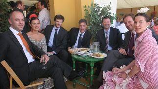 Jorge Serrano; Eduardo Sanz; José Miguel Martínez; Alejandro Martínez; DiegoOrtiz; Marisa López y Marta Díaz de Celis, del departamento comercial de Diario de Jerez.  Foto: Vanesa Lobo