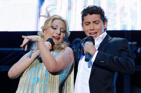 Laura Gallego y Antonio Cortés cantando a dúo.  Foto: Victoria Hidalgo