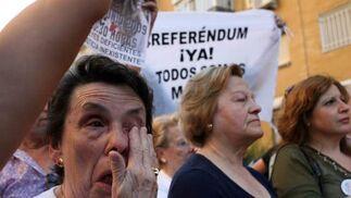 Las lágrimas también se apoderaron de los allí presentes.  Foto: Juan Carlos Muñoz/ EFE