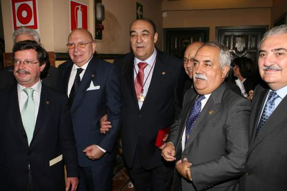 Algunos de los galardonados tras el acto.  Foto: Juan Carlos Muñoz