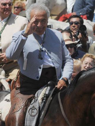 Antonio Romero Monge, uno de los componentes de Los del Río.  Foto: Caras conocidas ante la ermita