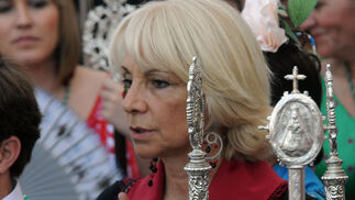 La alcaldesa de Cádiz, Teófila Martínez.  Foto: Caras conocidas ante la ermita
