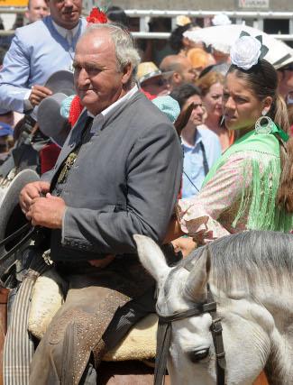 El rejoneador sevillano Javier Buendía.  Foto: Caras conocidas ante la ermita