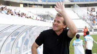 Bern Schuster, el entrenador de uno de los equipos.   Foto: Sergio Camacho