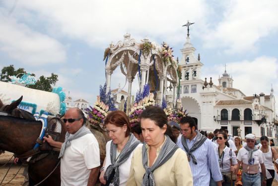 Momentos íntimos en la despedida del camino.  Foto: Reportaje gr?co: Josue Correa