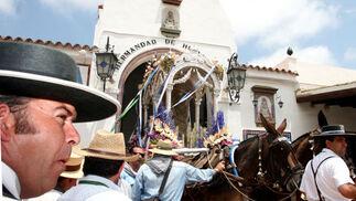 Durante la jornada de la tarde del martes abandonaron El Rocío un total de 47 hermandades.  Foto: Reportaje gr?co: Josue Correa