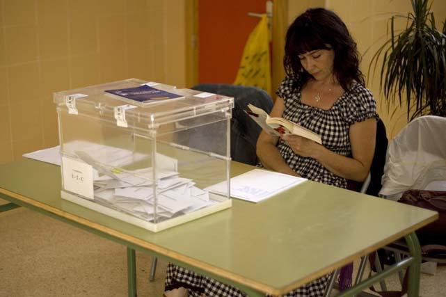 Tranquilidad en los colegios electorales.  Foto: Jon Nazca (Reuters)