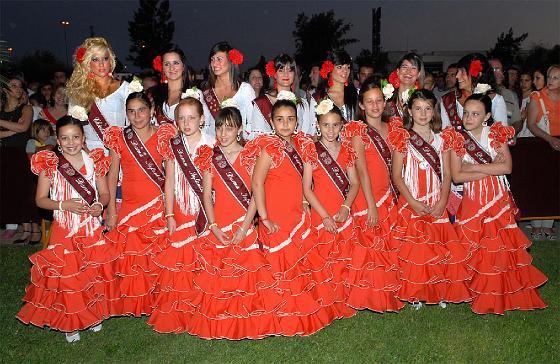 La Feria de Chiclana arranca con el alumbrado del Real de las Albinas y la proclamación de la Chiclanera Mayor. /Paco Periñán