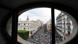 Vista de la manifestación en la Avenida.  Foto: Antonio Pizarro / Juan Carlos Muñoz