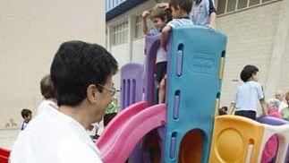 El colegio San Felipe Neri organizó unas jornadas de puertas abiertas para los abuelos de sus alumnos, donde se les invitó a desayunar y a visitar las instalaciones.   Foto: Jose Braza