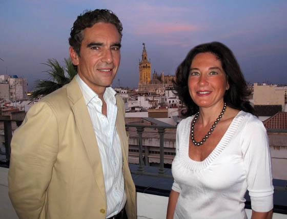 Antonio Gálvez, propietario del Grupo Galia, y su esposa Patricia Méndez.  Foto: Victoria Ramírez