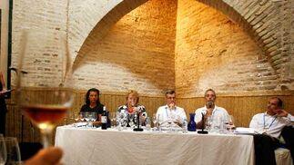 La Gran Cata Magistral de los Master of Wine en la Mezquita respondió a las expectativas.   Foto: Pascual