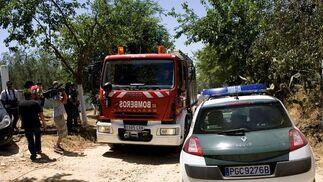 Una explosión en una pirotecnia mata a cuatro personas en Benacazón. / EFE