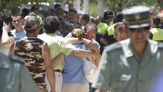 Una explosión en una pirotecnia mata a cuatro personas en Benacazón. / José Ángel García