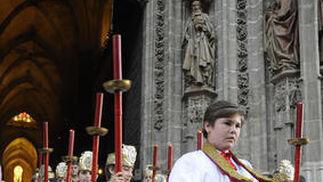 Numerosos monaguillos participaron del cortejo.  Foto: Juan Carlos Váquez