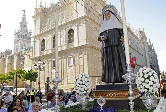 Santa Ángela de la Cruz estrena imagen en este Corpus.  Foto: Juan Carlos Váquez