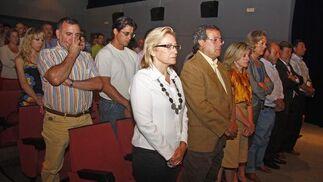 El Ayuntamiento ha decretado tres días de luto que dejan al pueblo sin la fiesta del Corpus.  Foto: Belén Vargas