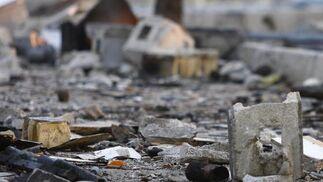 Detalles de los restos de la pirotecnia tras la explosión.  Foto: Belén Vargas