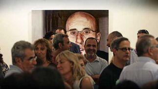 Numeroso público asistió a la inauguración de la muestra 'Sin más'.  Foto: Julio Gonzalez