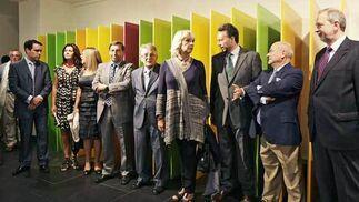 Organizadores y autoridades ante una de las obras  Foto: Julio Gonzalez