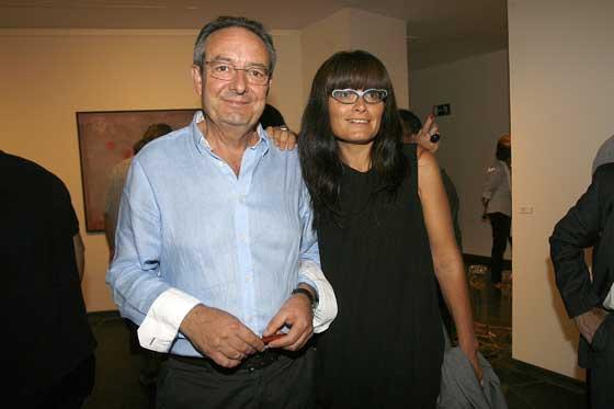 El galerista gaditano Rafael Benot, junto a su hija Lorena.  Foto: Joaquin Pino