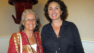 La marquesa de Albaserrada, y Almudena de la Maza, ganaderas.  Foto: Victoria Ramírez